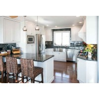 Custom Solid Wood Kitchen Cabinets